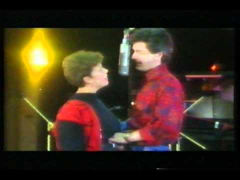 Herman Finkers & Brigitte Kaandorp - Duet (1990).mpg