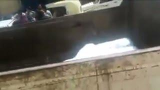 فيديو.. غضب في بسيون بعد إخفاء عمال المدينة السكر بسيارة قمامة