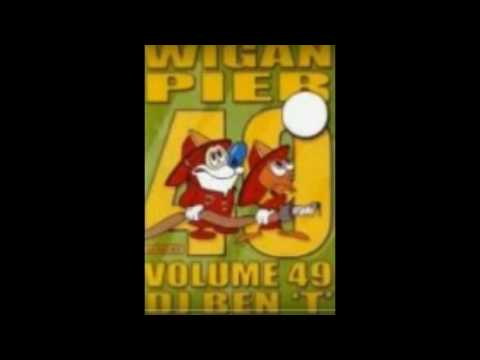 Italo Dance - Wigan Pier (Volume 49)