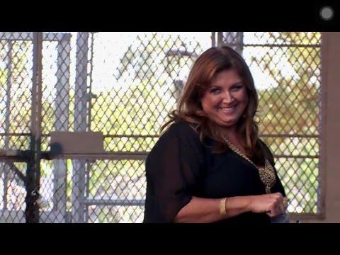 Dance Moms - Moms And Abby Has A MASSIVE Arguement (Season 6 Episode 33)