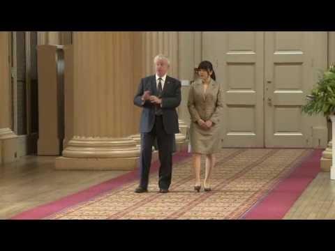 Hosting royalty