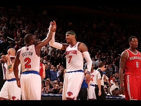 Red-Hot Knicks drop 42 in 3rd quarter!