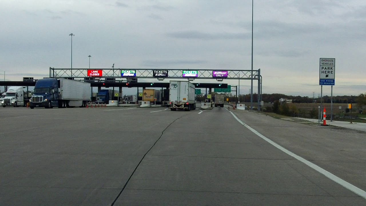 Ohio Turnpike (Exit 71) eastbound/outbound