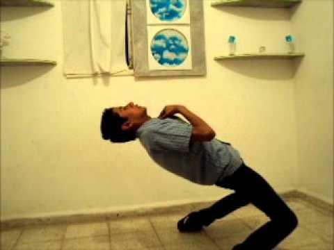 Oscar Saucedo - Electro Dance & Popping (5 de Nov. de 2011) Video #2