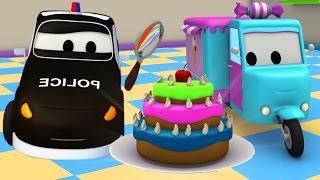 Vláček Troy a policejní auto Matt ve Městě Aut / Animák o autech a náklaďácích pro děti