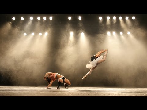 Ballet versus Twerk in National Theatre Brno