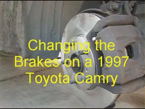 How to Replace the Brakes on a 1997 Toyota Camry