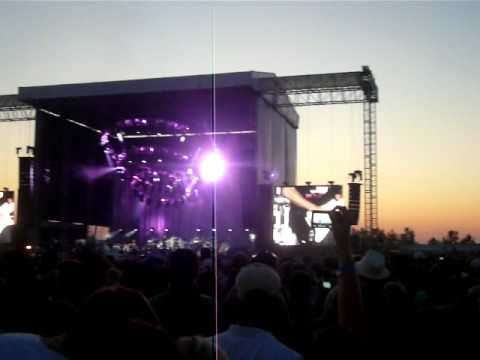 Dave Matthews Band Caravan - Rapunzel (Live in Chicago 7.8.11)