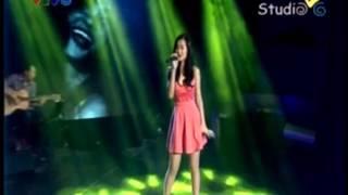 (Acoustic) Cần Một Ai Đó - Đông Nhi | 2M Box_25/12/2013