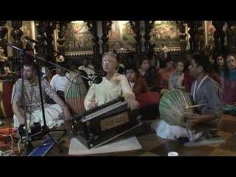 NY Eve Bhajan - Mukunda Datta das - Hare Krishna - 5/16