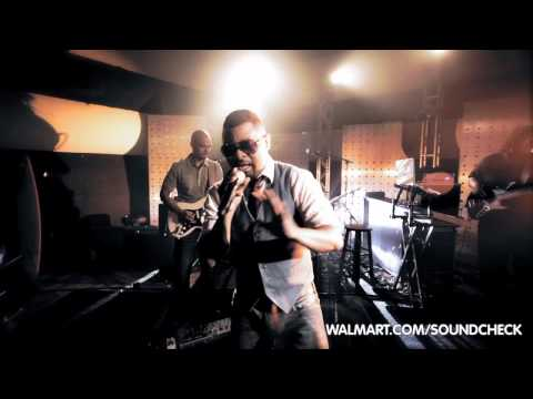 Musiq Soulchild Performs 'yes' For Walmart Soundcheck