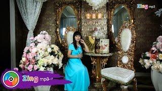 Còn Lại Một Mình - Hoàng Mai Trang (Official MV)