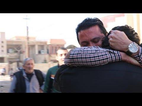 In War-Torn Mosul, a Reunion Between Two Iraqi Friends
