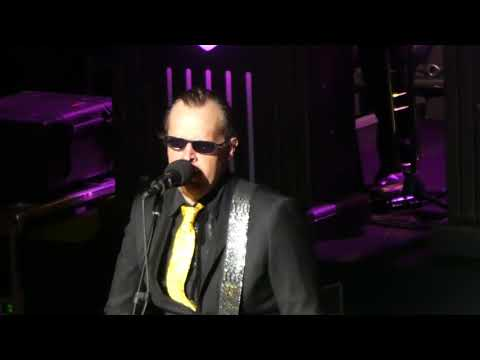 This Train Opener  Joe Bonamassa  @ The Warfield San Francisco, CA 102117