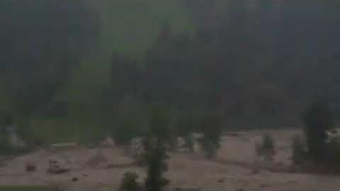 Österreich - Amateurvideo zeigt heftige Naturgewalt in Großarl - http://www.wetter.de/