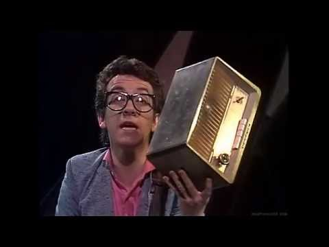 Elvis Costello & The Attractions - Radio, Radio (TOPPOP) (1978) (HD)