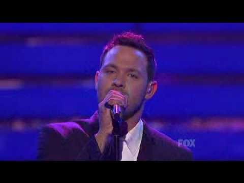 Will Young sings Leave Right Now on American Idol 9 Final Tribute night.