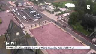 VUE D'EN HAUT : L'église de Sainte Mère Église