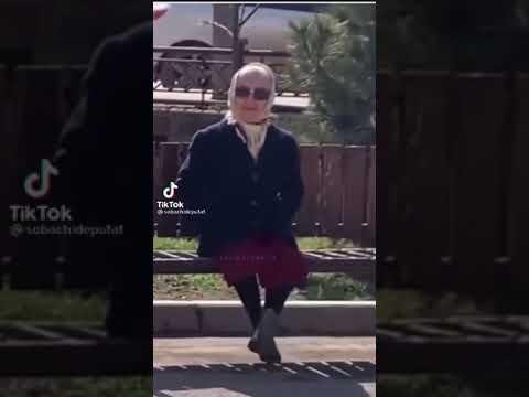 Кис кис кис, ты котик, я котик(бабушка на лавочке)