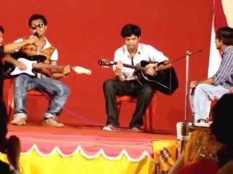 Nishant Performs College Days at Graduation