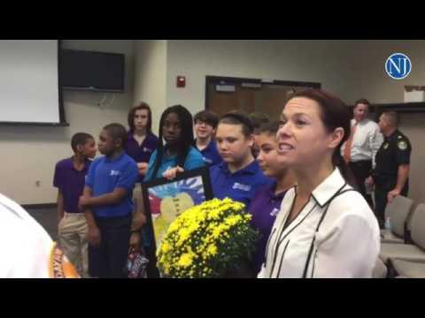 Indigo Christian Academy show Daytona police appreciation for Hurricane Matthew work