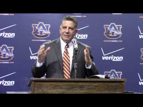 Bruce Pearl press conference