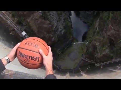 Видео, это просто невероятно красиво на что способны законы физике