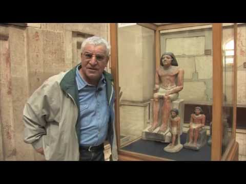 Visit the Egyptian Museum in Cairo with me!