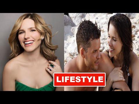 Sophia Bush's Lifestyle 2020 ★ New Boyfriend, House, Net worth & Biography
