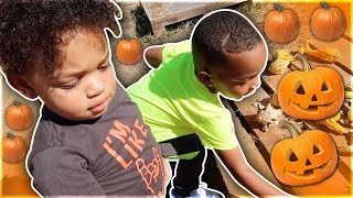 WE TOOK THE KIDS TO THE PUMPKIN PATCH FOR THE FIRST TIME 🎃