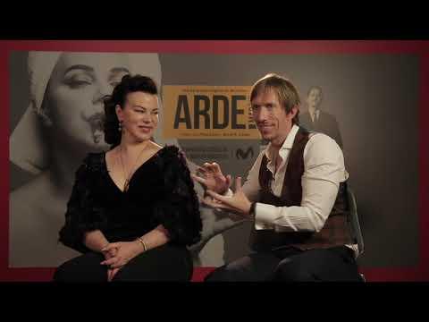Entrevista con Debi Mazar y Ken Appledorn  ARDE Madrid