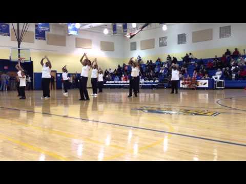 Eastside High School step team halftime vs Wade Hampton