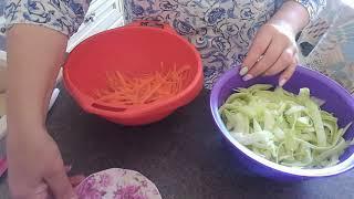 VLOG. Неизбитый и очень простой рецепт вкусного блюда из кабачков. Время приготовления - 5 минут  🙃