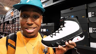 SNEAKER SHOPPING AT THE OUTLETS! JORDANS & MORE HEAT FOUND! $90 SNEAKER PICKUP STEAL!