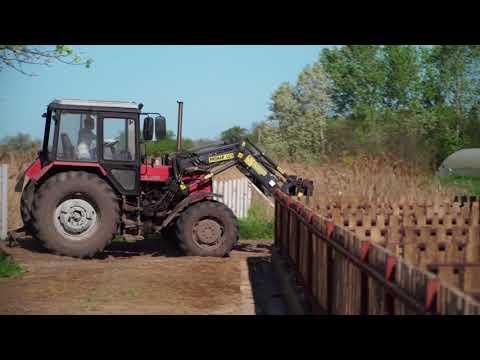 1000arcú10: Gémes Mónika, aki nem csak traktort vezet, de modellkedik is
