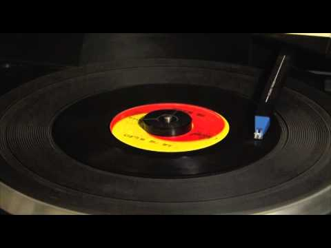 The Beatles 45s at 33 1/3 RPM Series - I Am The Walrus