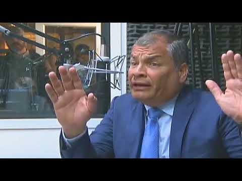 Rafael Correa. Entrevista desde Cuenca, en Radio La Voz del Tomebamba.