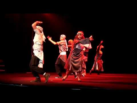 Palestine Les enfants de Keffiyeh center V à Allonnes premiere danse