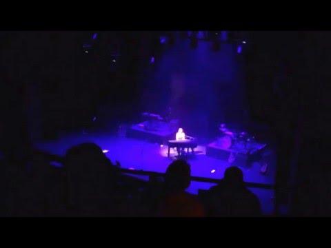 Sarah McLachlan - River (Live)