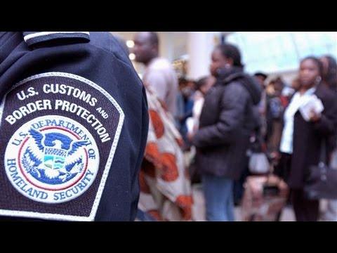 U.S. Tightens Visa Waiver Program After Paris Attacks