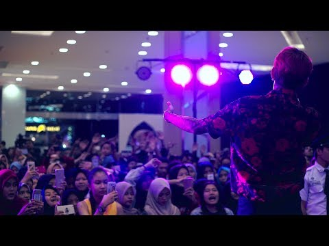 YOUNG LEX - Nyeselkan Live | At Ganaskustik, Grand Galaxy Park