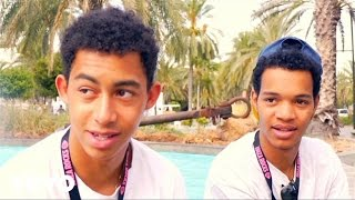 Rizzle Kicks - When I Was A Youngster (Busking at Ibiza Rocks, 2011)