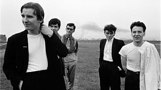 Simple Minds - Glasgow 1981 (FM Broadcast, 8 Songs) chords   Guitaa.com