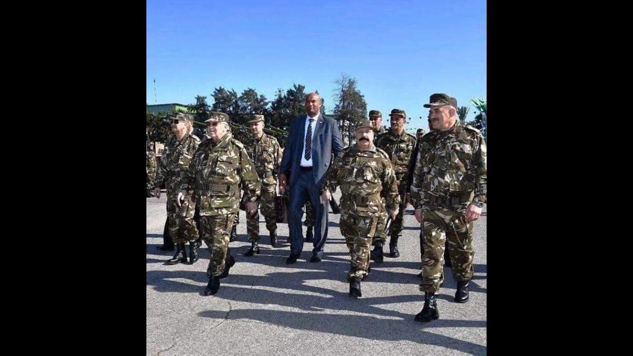 3385d8680def8 الحارس الشخصي للقايد صالح االذي اشعل الفايس بوك بصوره الجيش الوطني الشعبي  YouTube