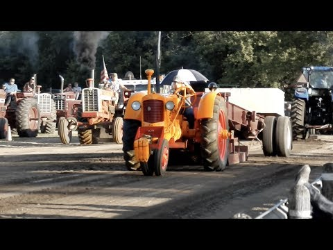 Tractor Pull - Spring Valley, MN - Root River Antique Engine & Tractor Show 2017