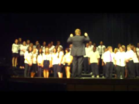 "Willow Hawks and 8th grade choir from Garfield Middle School sing ""Don't Stop Believing"""