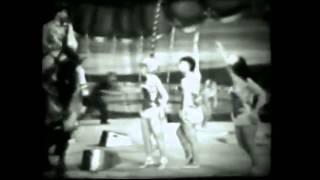 Circus Acts - Alberto Zoppe Troupe bareback riding (1950s)