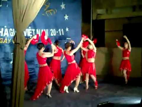 [Madona - Cam] Múa Tây Ban Nha