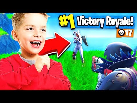 CARRYING 12 YEAR OLD FAN TO HIS 1ST VICTORY!! Fortnite: Battle Royale
