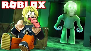 AND THEN OUR SPACESHIP WAS INVADED?! * Camping *:: Roblox Alien Attack! Danish